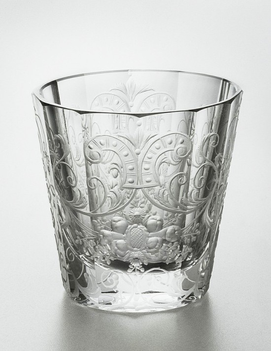 Baroque style engraved facetted glass