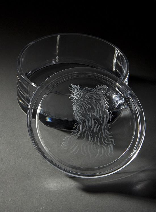 Dog_engraving_1