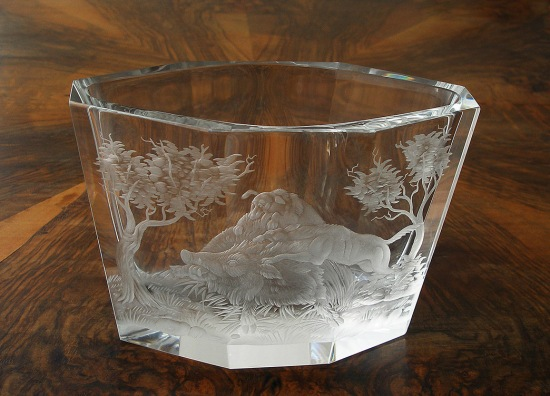 Jardiniere, cut crystal, engraved with wild boars and dogs