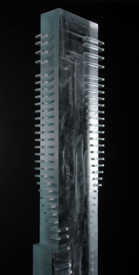 One-Seaport-Building-Glass-Sculpture_17
