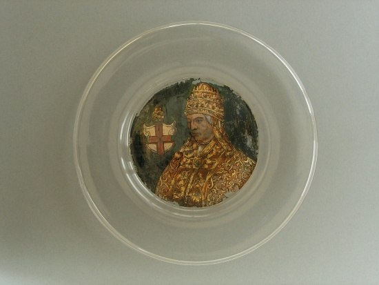 Reverse painted plate from the Museum of Decorative Arts from Prague